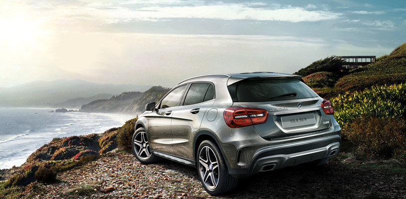 Mercedes benz gla 200 suv platinum st barth car rental for Platinum mercedes benz